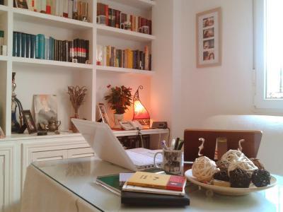 20120725123418-escritorio-de-mario-cuenca-1.jpg
